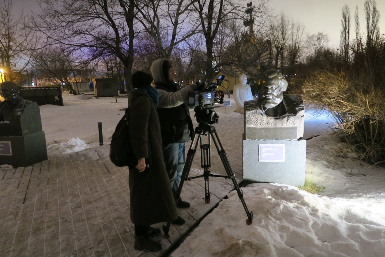 REVOLUTION Night filming at the Sculpture Park, Moscow. Photo © www.foxtrotfilms