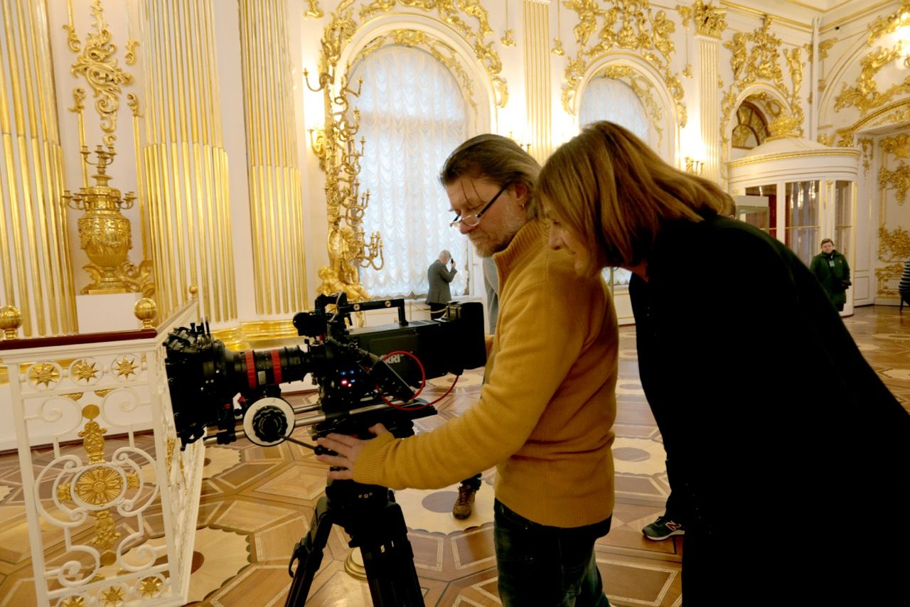 REVOLUTION In the Winter Palace. Director of Photography Maxim Tarasyugin with film director Margy Kinmonth. Photo © www.foxtrotfilms.com
