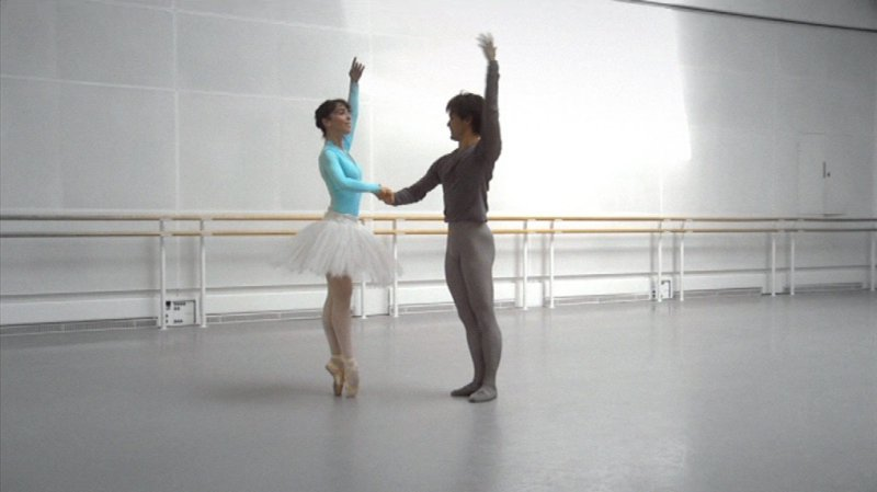 Royal Ballet Principal Dancers Laura Morera & Yohei Sasaki in rehearsal