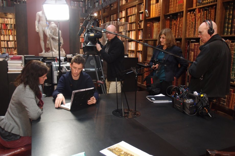 Director Margy Kinmonth and team filming Eddie Redmayne and Alexandra Milton, granddaughter of war artist Erwin Aichele.  Photograph © www.foxtrotfilms.com