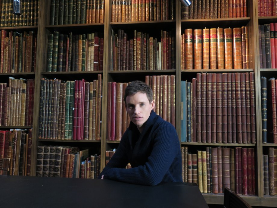 Eddie Redmayne on the set of Margy Kinmonth's film War Art with Eddie Redmayne. Photograph © www.foxtrotfilms.com